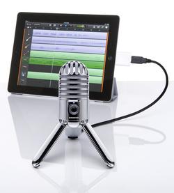 Mit dem Meteor Mic von Samson lassen sich Audioaufnahmen direkt am iPad generieren