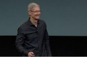 Gute gelaunt- Apple-CEO Tim Cook bei der Vorstellung von iPhone 5c und iPhone 5s