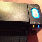 ScanSnap iX100-Scanner ist eingeschaltet und die WLAN-Verbindung steht