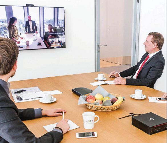 Mit Circut Meetingroom holt von sich Videokonferenzen auf den Schreibtisch