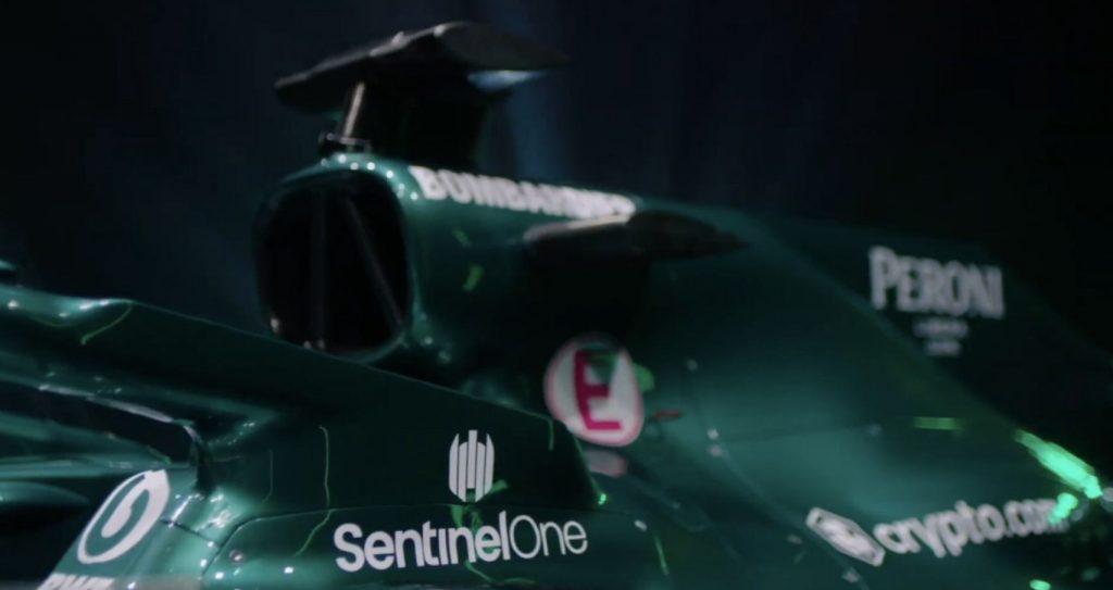 SentinelOne prangt auf dem neuen F1-Boliden von Aston Martin
